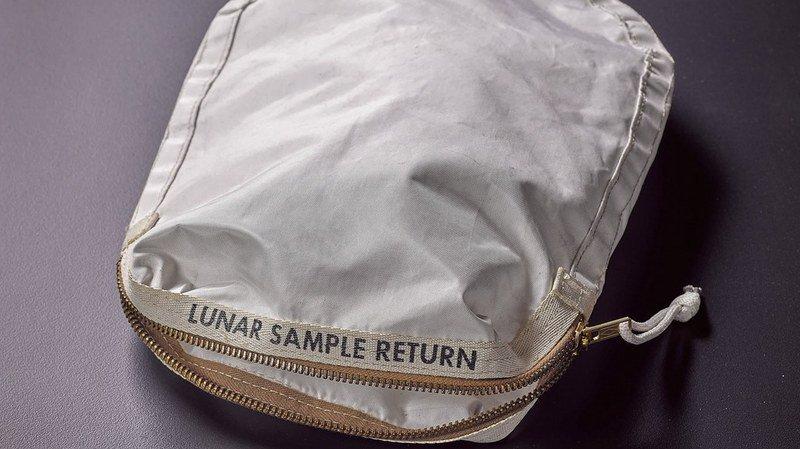 Cette simple pochette avait été achetée par sa précédente propriétaire pour moins de 1000 francs.