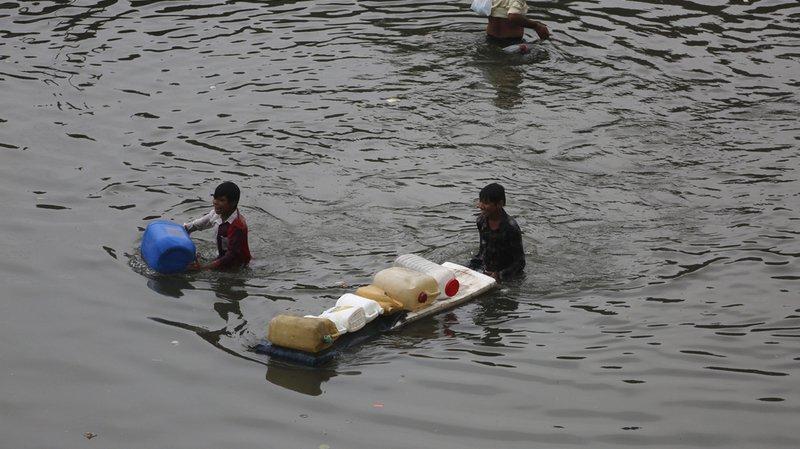 Inde: les inondations dues à la mousson font près de 700 morts