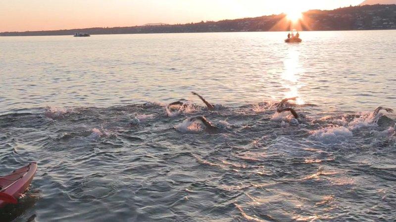 Traversée du lac à la nage pour quarante policiers genevois