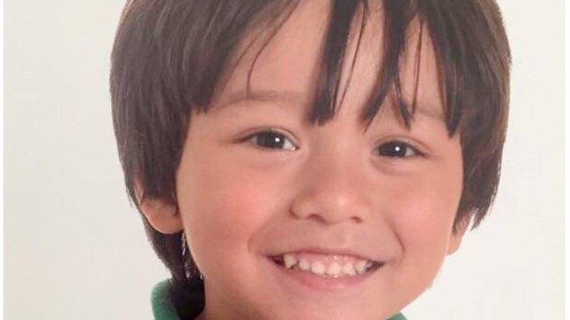 Attentats de Barcelone: les autorités confirment la mort d'un garçon de 7 ans
