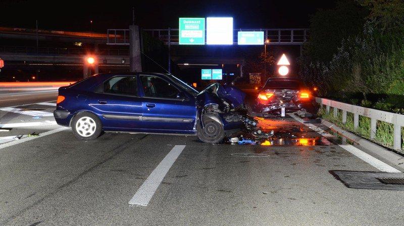 Bâle-Campagne: un automobiliste ivre fait 3 blessés dans une collision à Muttenz