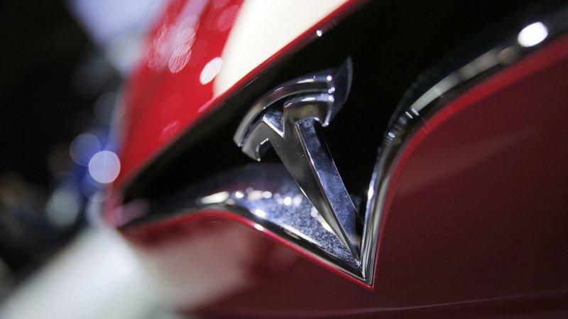 Automobile: Tesla va tester le camion électrique en conduite autonome