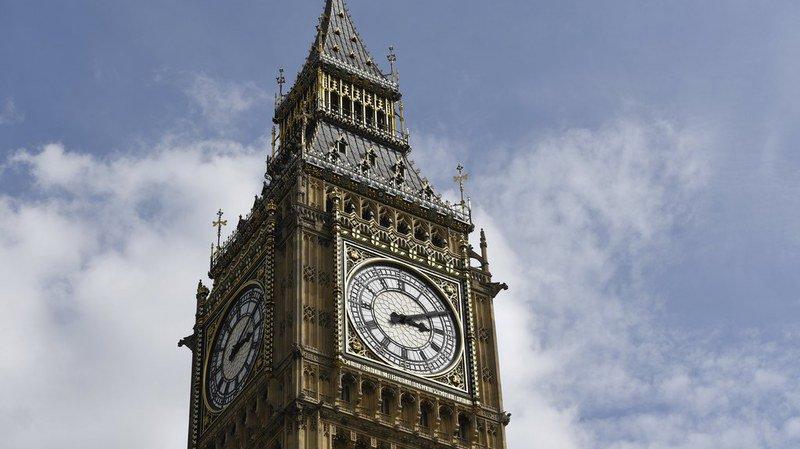 Londres: après les douze coups de midi, Big Ben restera silencieuse pendant quatre ans