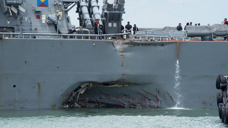 Collision navale à Singapour: des restes humains retrouvés