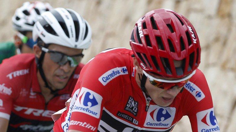 Tour d'Espagne: Chris Froome tombe deux fois mais sauve son maillot rouge