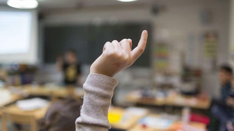 Après la Thurgovie, Zoug envisage la suppression du français à l'école primaire