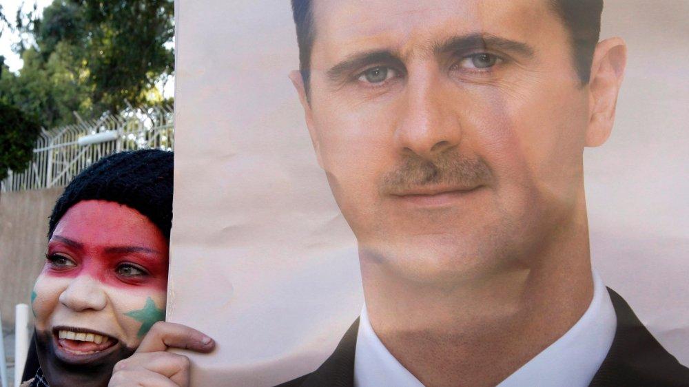 Le régime de Bachar al-Assad ne parvient plus à assurer ses fonctions régaliennes. Mais plus de 70% des 16millions d'habitants encore présents sur le territoire sont sous sa coupe.