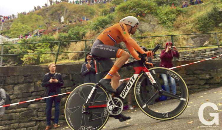 Championnats du monde de cyclisme: le Néerlandais Tom Dumoulin remporte le contre-la-montre à Bergen