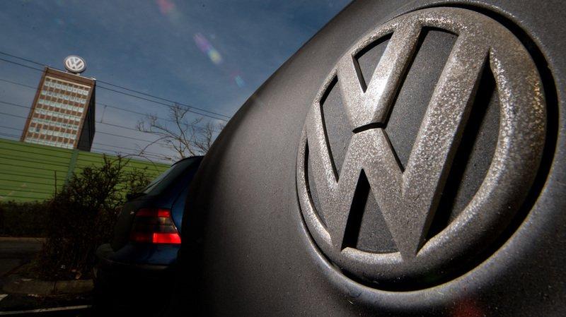 En septembre 2015, Volkswagen avait reconnu l'utilisation dans quelque 8 millions de véhicules en Europe d'un logiciel permettant de faire passer les moteurs pour bien moins polluants qu'ils ne l'étaient en réalité lors de tests d'homologation.