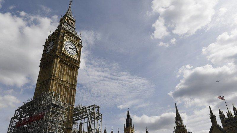 La cloche de Big Ben, en fonctionnement depuis 158 ans, a été déconnectée le 21 août pour permettre ces travaux qui doivent durer quatre ans.