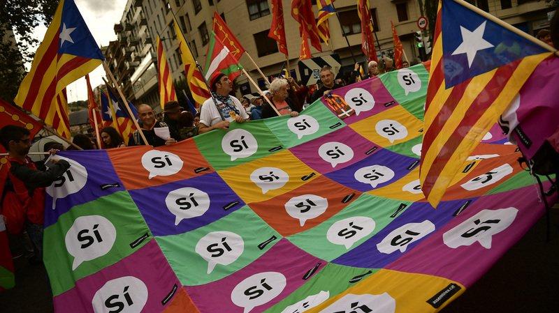 Catalogne: du matériel pro-indépendance saisi par la Garde civile