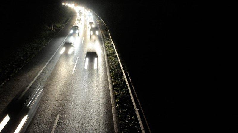 L'adolescent circulait sur l'A9 en direction du Valais à 01h30 du matin.