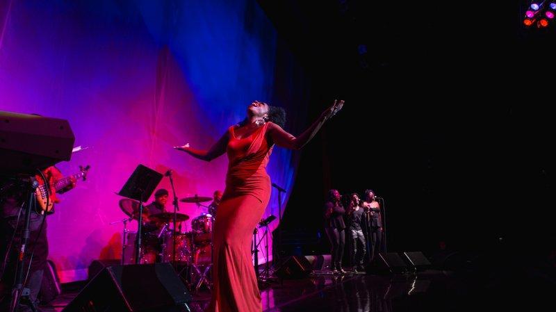 La chanteuse Rhonda Ross, fille de Diana, ouvre la saison du Rosey Concert Hall, son ancienne école
