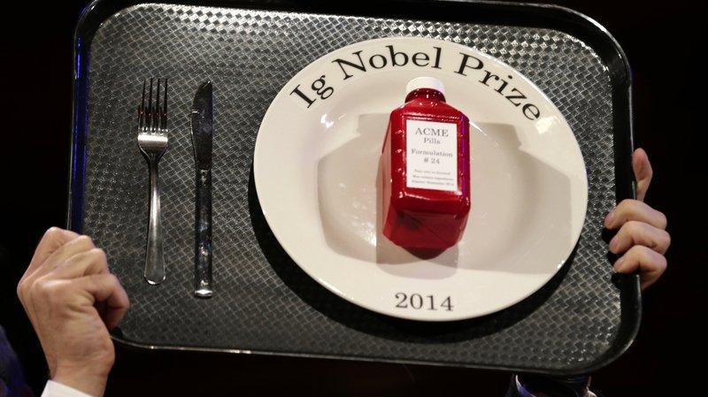 Le prix Ig Nobel est attribué chaque année à une dizaine de recherches scientifiques qui paraissent insolites, mais qui amènent à réfléchir.