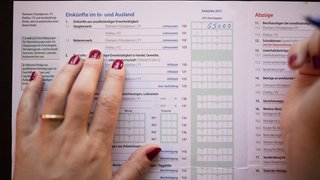 Administratif: la signature sur la déclaration d'impôts, bientôt fini?