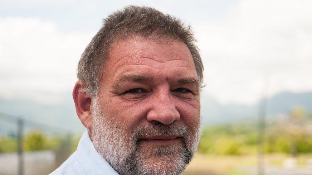 Stephan Comminot quitte la syndicature mais reste à l'exécutif.