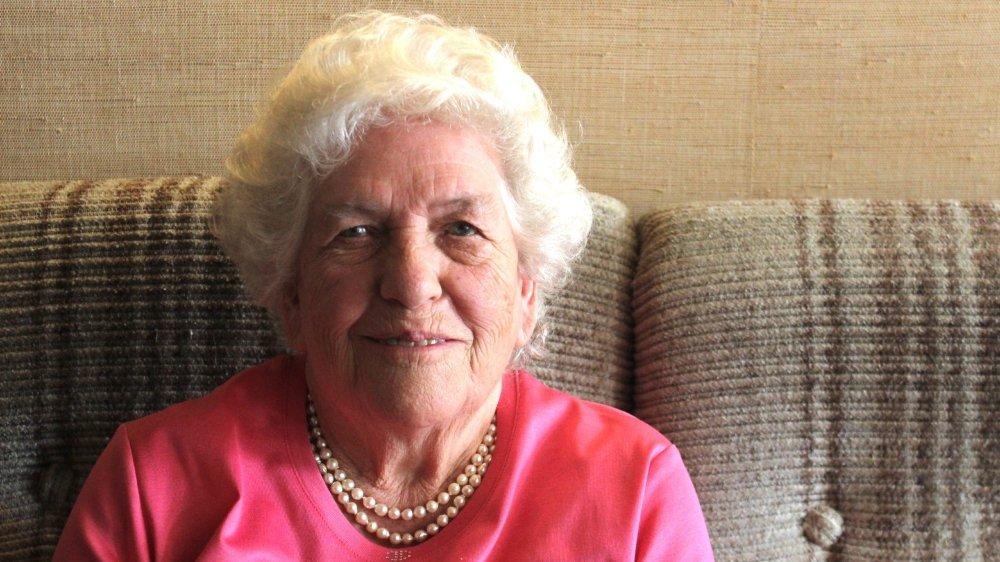 Bertha Chatenoud a reçu la visite de la Municipalité pour ses 90 ans.