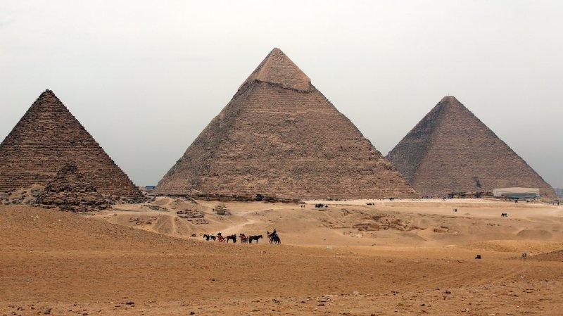 Egypte: découverte d'une immense cavité dans lapyramidede Khéops