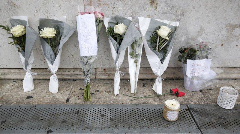 Attaque au couteau à Marseille: obsèques des deux victimes, lien avec l'Etat islamique pas prouvé