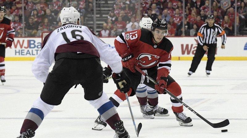 Nico Hischier a bien débuté sa saison en NHL avec les Devils du New Jersey.