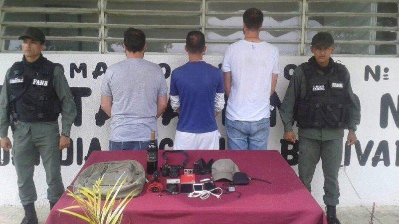 Le journaliste tessinois fait prisonnier le 7 octobre au Venezuela s'en prend aux autorités suisses