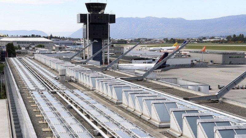 Genève: 55'000 m2 de panneaux solaires sur les toits de l'aéroport