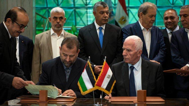 Palestine: les deux partis rivaux, le Hamas et le Fatah, signent un accord de réconciliation