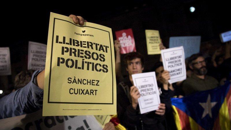 Catalogne: manifestations contre la détention de deux dirigeants indépendantistes