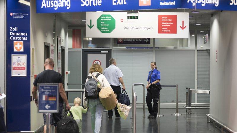 Statistiques: l'immigration a diminué de 17% en Suisse depuis le début de l'année