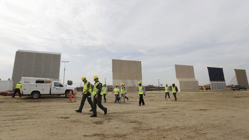 Etats-Unis: présentation de prototypes de mur pour la frontière avec le Mexique
