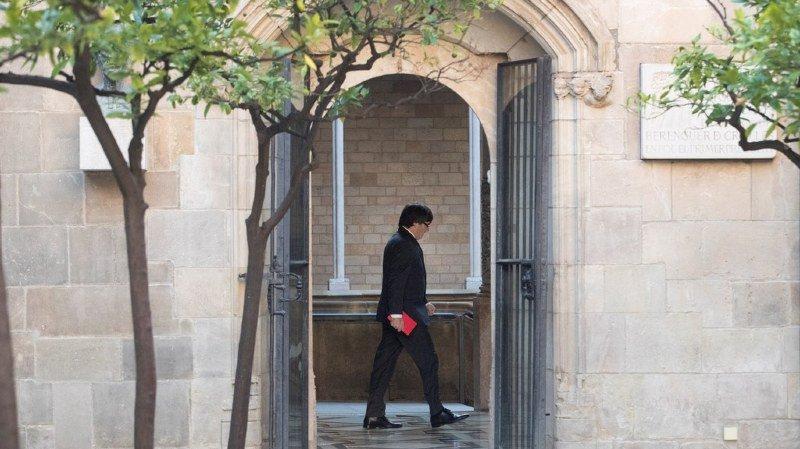 Catalogne: le chef du gouvernement Carles Puigdemont annule son allocution