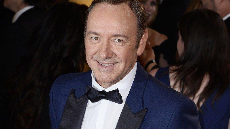 """Harcèlement sexuel: après les aveux de Kevin Spacey, Netflix arrête sa série culte """"House of Cards"""""""