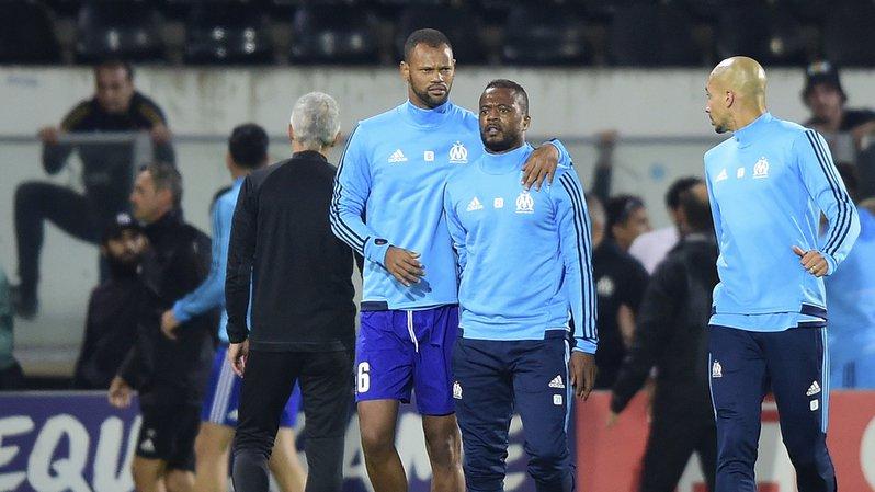 Football: Patrice Evra mis à pied par l'Olympique de Marseille après son agression sur un supporter