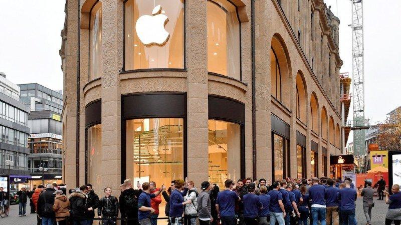 Smartphone: files d'attente dans le monde entier pour la sortie de l'iPhone X