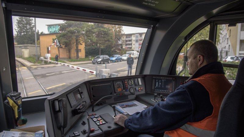 Réfection complète du passage à niveau des Eules du 14 au 16 octobre.