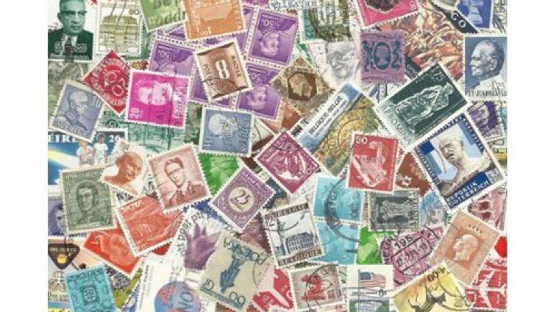Bourse aux timbres, cartes postales et exposition