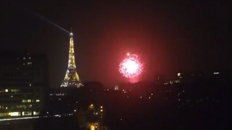 Explosions: la fin d'un tournage sème la panique à Paris