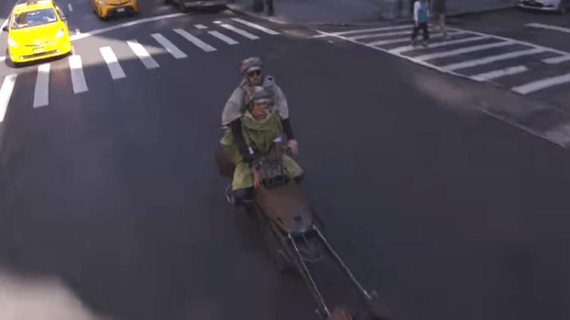 Etats-Unis: ils sillonnent les rues de New York avec un speeder de la saga Star Wars