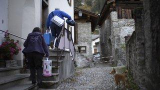 Les habitants de Bondo rentrent chez eux