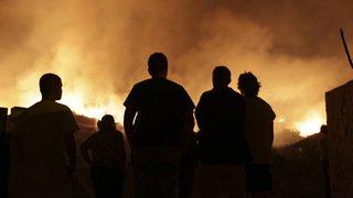 Des feux ravagent le Portugal et l'Espagne