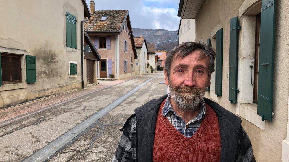 Cyrille Grosjean, résident de la route des Montagnes, fait son entrée à la Municipalité.