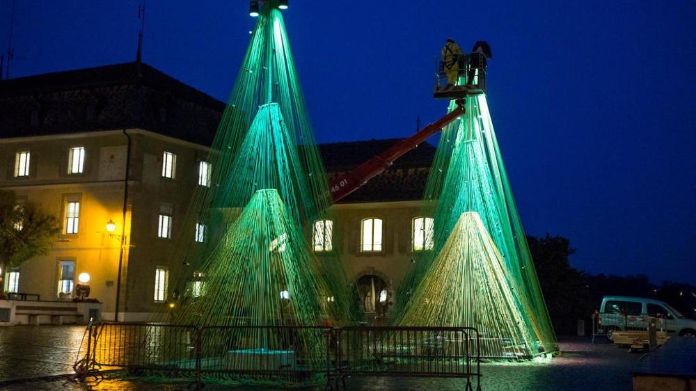 A Nyon, le marché lumineux sera décoré par les sapins élaborés par le bureau Belandscape.