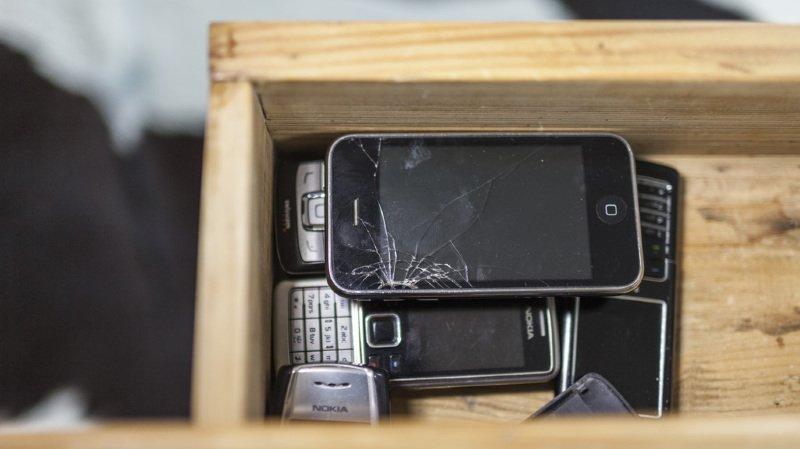 Suisse alémanique: 500'000 portables inutilisés traînent dans les tiroirs