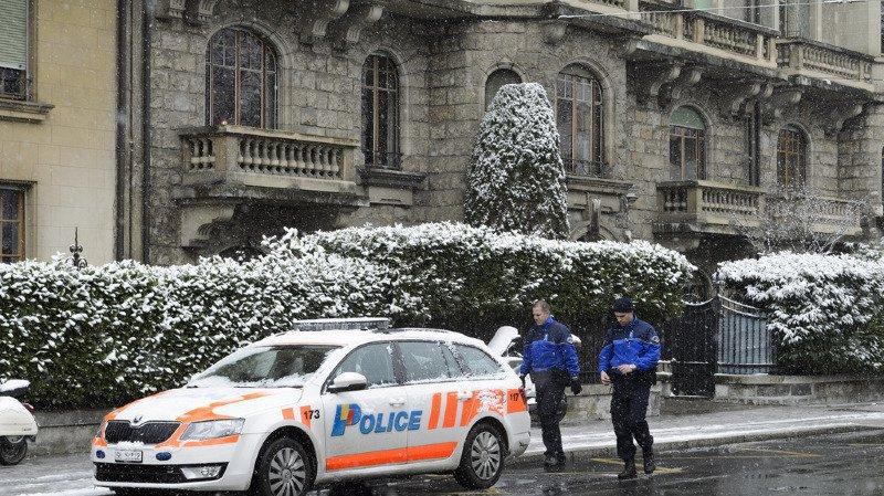 Le policier a été flashé roulant à 92 km/h sur une route droite déserte limitée à 50 km/h.