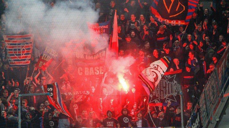 Football: interpellation d'un hooligan bâlois de 15 ans soupçonné d'avoir tabassé des Allemands après un match