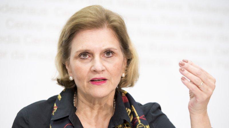"""Affaire Buttet: les élues qui """"témoignent anonymement sont minables"""", condamne la PLR Doris Fiala"""