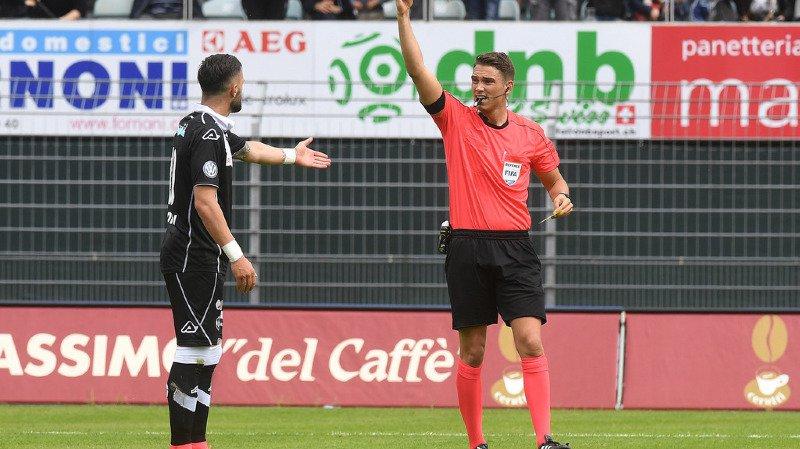 Les arbitres suisses doivent pouvoir consacrer davantage à leur métier.