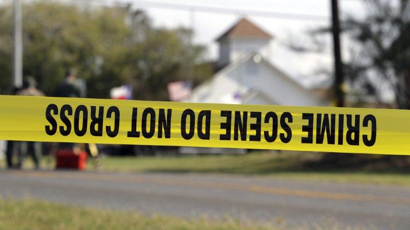 Fusillade au Texas: le FBI n'a pas encore pu accéder aux données du téléphone du tueur