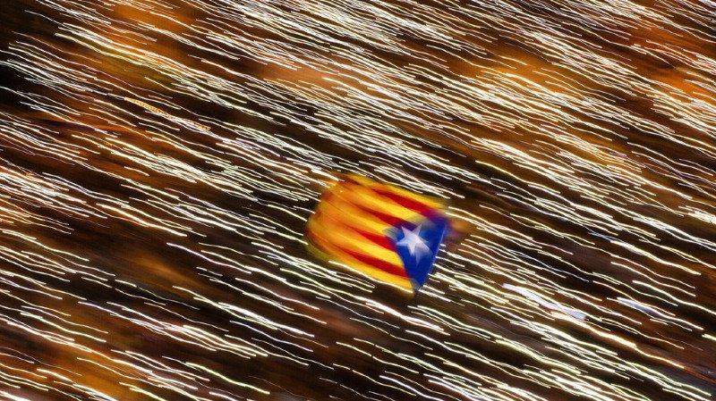 Catalogne: des centaines de milliers de manifestants à Barcelone