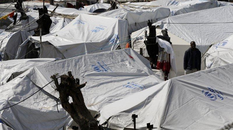 """Lesbos se met à l'arrêt pour ne pas devenir une """"île-prison"""" de réfugiés"""